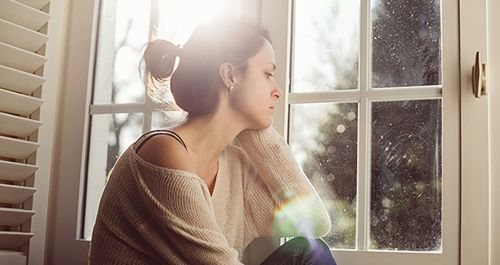 Mutlu Olma Fobisi Belirtileri Sebepleri