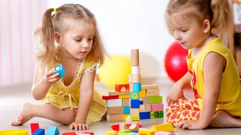 Asperger Sendromu Belirtileri Nedir? Tedavi Edilebilir Mi?