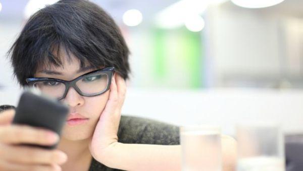 Beden Dismorfik Bozukluğu Ayna Hastalığı Nedir Belirtileri