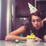 Doğum Günü Depresyonu Nedir? Neden Olur?