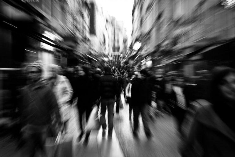 Agorafobi Nedir Neden Olur Nasıl Geçer? Belirtileri Tedavisi