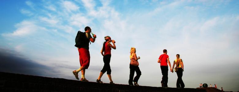 beyni daha verimli kullanmak için yürüyüş yapmak