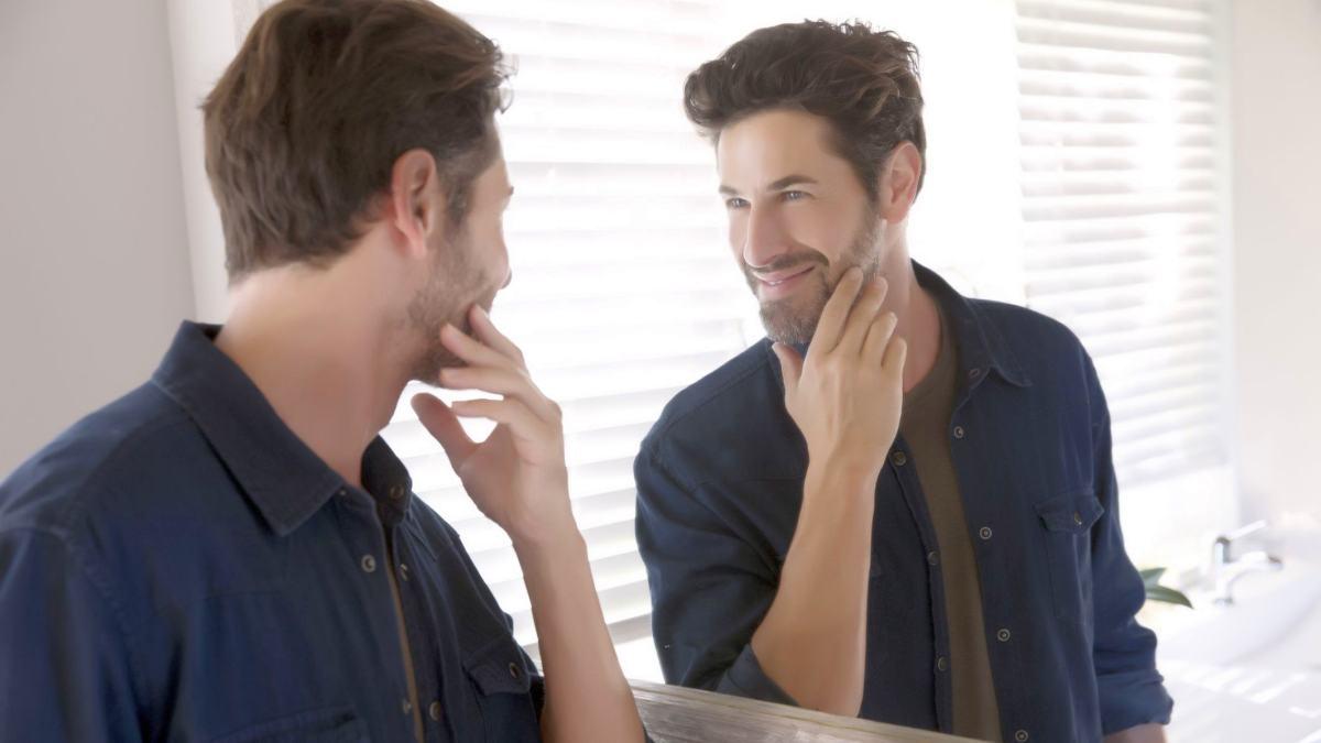 narsist insanlar nasıl konuşur davranır